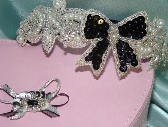Brilliant Silver Sparkle Collar