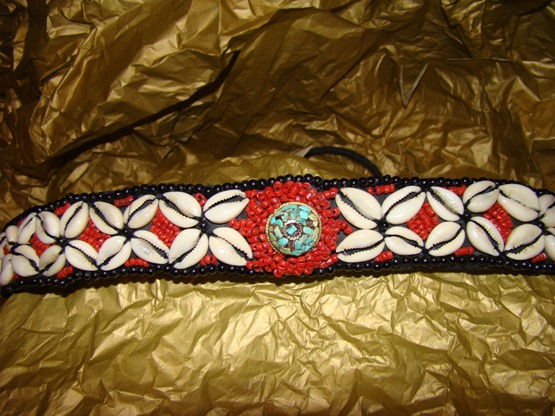 RUST BEADED, STAR SHELL  VERY LARGE DOG COLLAR