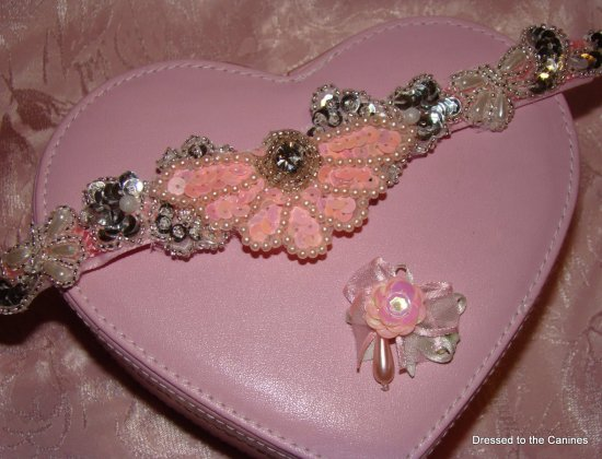 Attachment Pink Pearl-dog collar attachments