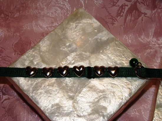 Gold Heart Collar