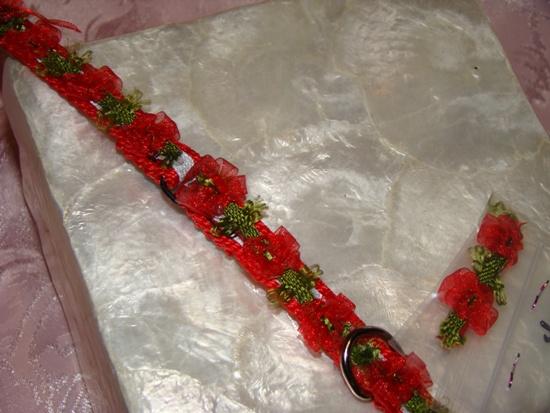 Red flower Green Vine Ribbon Collar