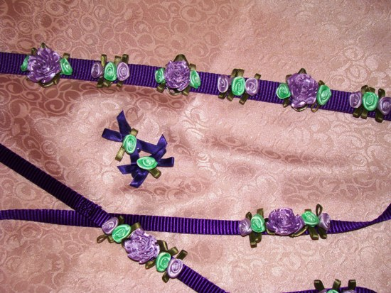 Lavender & Green Satin Flowers Collar Set