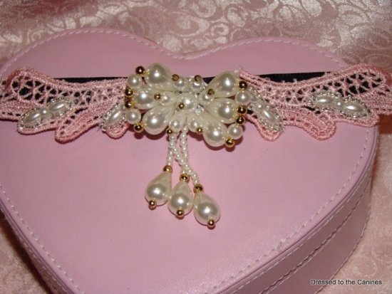 Pink Pearly Dangle Collar