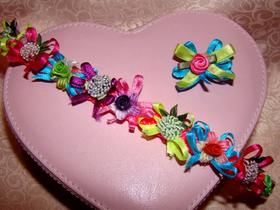 Pink Purple Turquoise Flowers Bows Collar