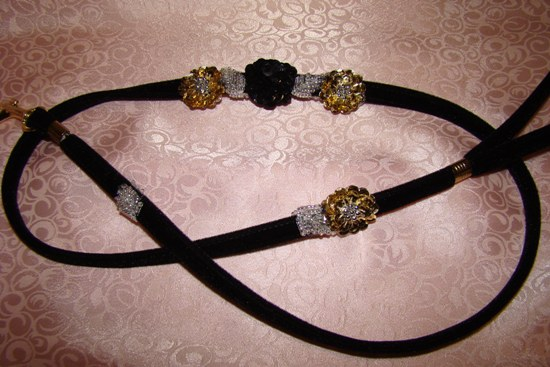 Black Gold Silver Sequin Flower Leash