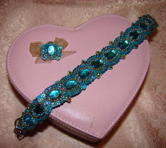 Turquoise Sequin Jewels collar