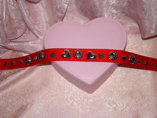 Gold Hearts and Beads Dog Collar