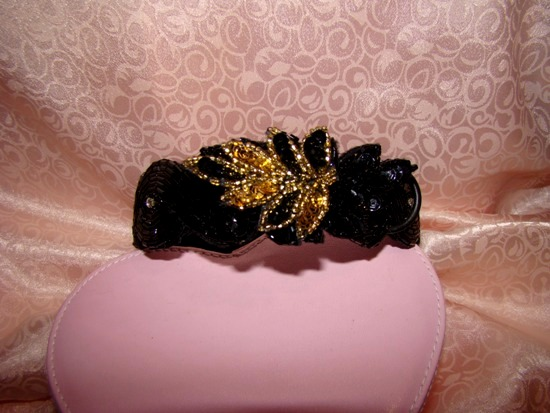 GOLD BLACK SEQUIN BEADED LEAVES ATTACHMENT-GOLD,BLACK,SEQUIN,BEADED,LEAVES,COLLAR ATTACHMENT,applique,dog,cat