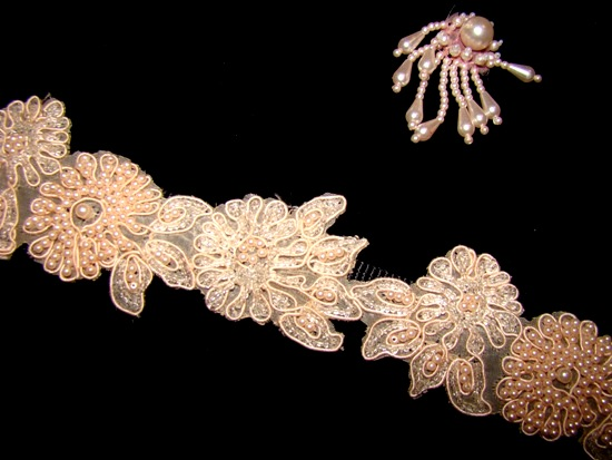Lacey Pearl Peachy-Pink Sequin Collar