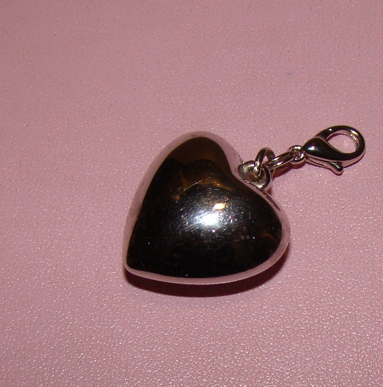 Sterling Silver lg Heart collar charm