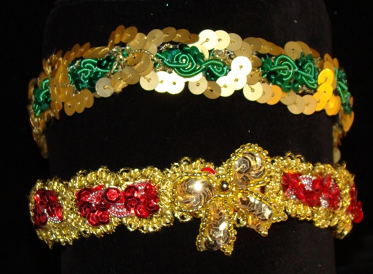 Holiday Sequins Collar