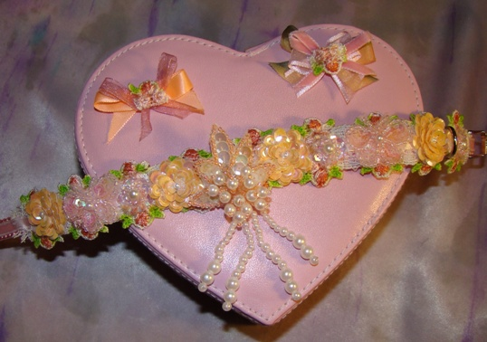 Peach & Pink Sequin Ribbon Collar