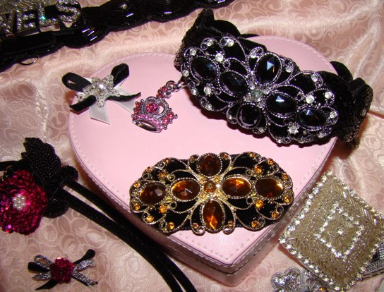 OVAL RHINESTONE JEWELED DOG COLLAR ATTACHMENT-