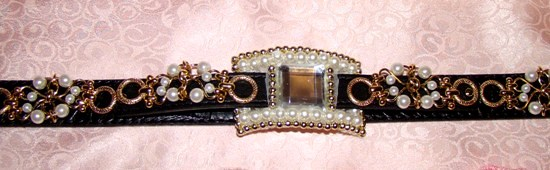 Pearls Gold Links Square Jewel Leather Collar