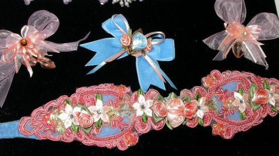 Peach Coral Ribbon  Beaded Flowers Collar